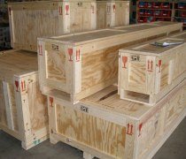 wood crates and pallets